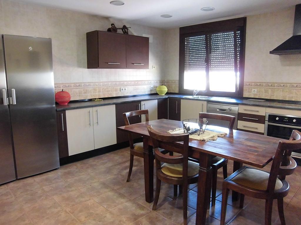 Cocina - Casa en alquiler opción compra en Fernan caballero - 207510805