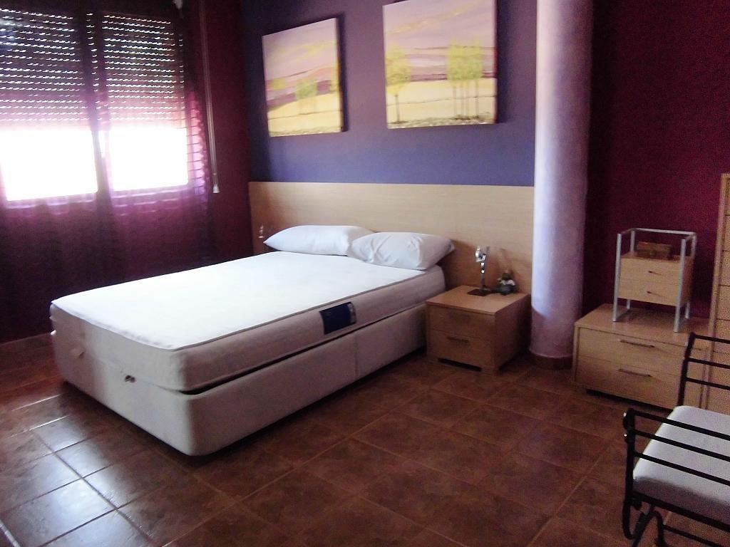Dormitorio - Casa en alquiler opción compra en Fernan caballero - 207510810