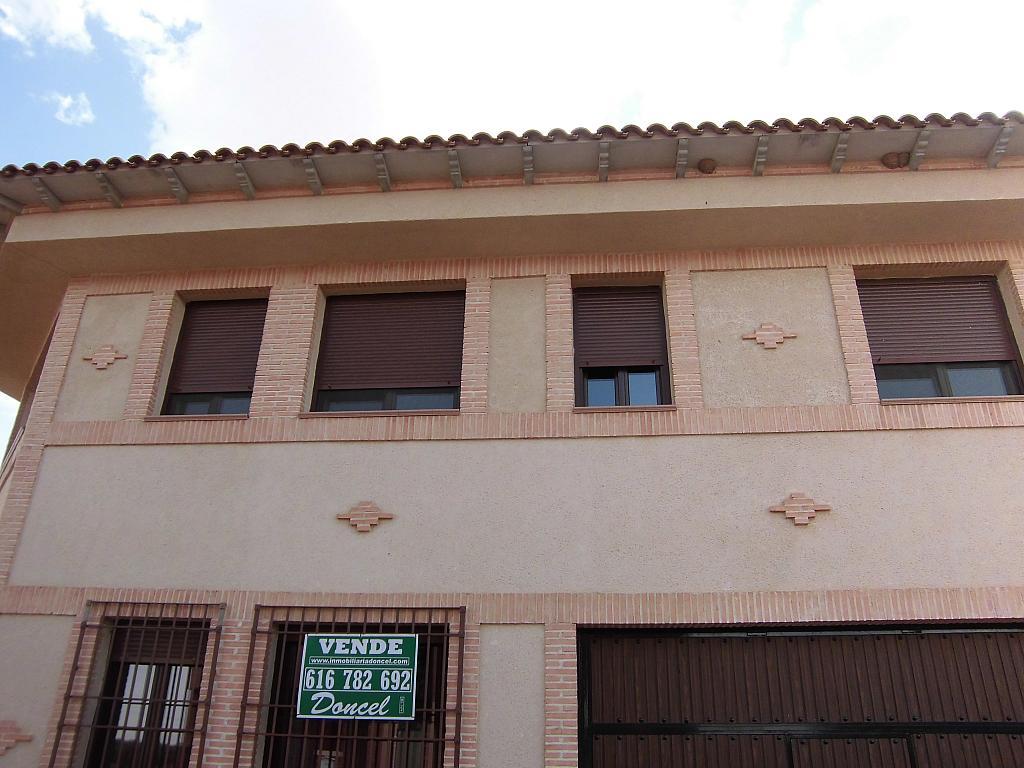 Fachada - Casa en alquiler opción compra en Fernan caballero - 207510825