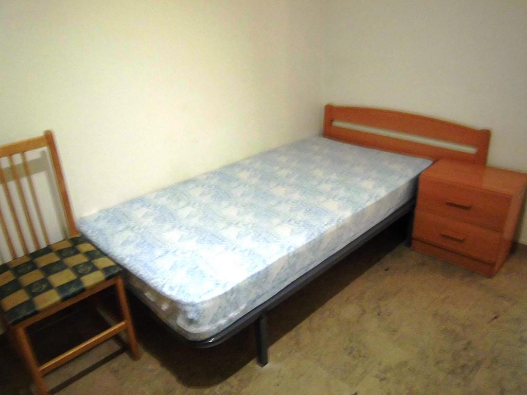 Dormitorio - Apartamento en alquiler en Ciudad Real - 222416692