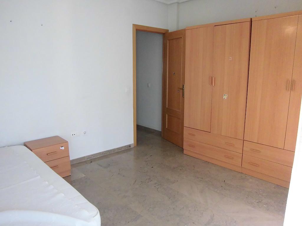 Dormitorio - Apartamento en alquiler en Ciudad Real - 222416695