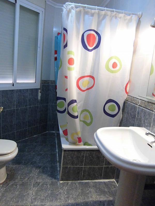 Baño - Apartamento en alquiler en Ciudad Real - 222416700