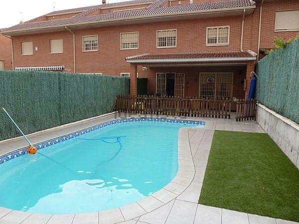 Casa adosada en alquiler opción compra en calle Mester de Jugleria, Cubas de la Sagra - 289789811