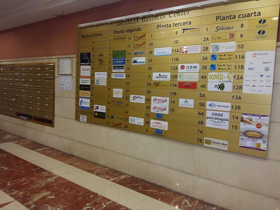 Oficina en alquiler en calle Rey Juan Carlos I, Carrascal en Leganés - 324877711