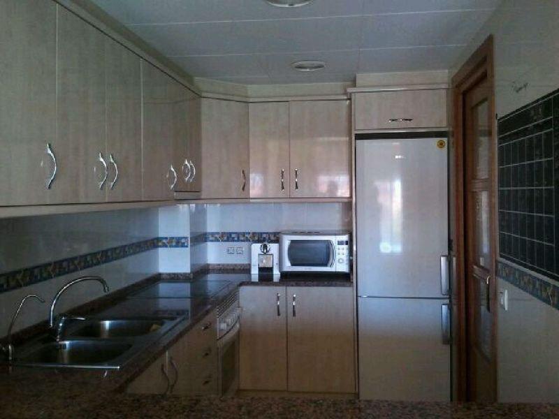 Cocina - Piso en alquiler en calle Sant Ramon, Barrio Sant Lluís en Palafolls - 118818878