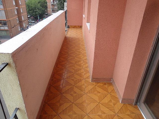 Terraza - Piso en alquiler en calle Fernán González, Reyes Católicos en Alcalá de Henares - 209945893