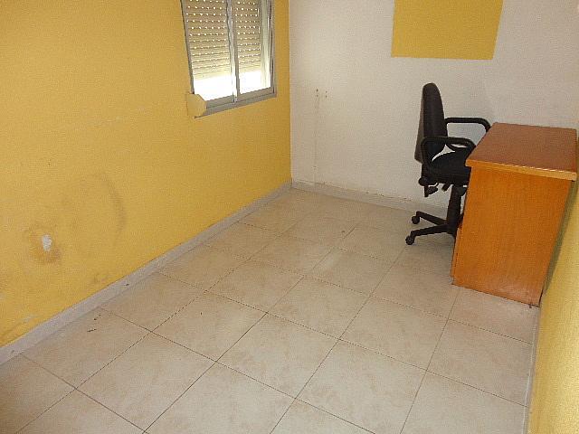 Dormitorio - Piso en alquiler en calle Fernán González, Reyes Católicos en Alcalá de Henares - 209945901