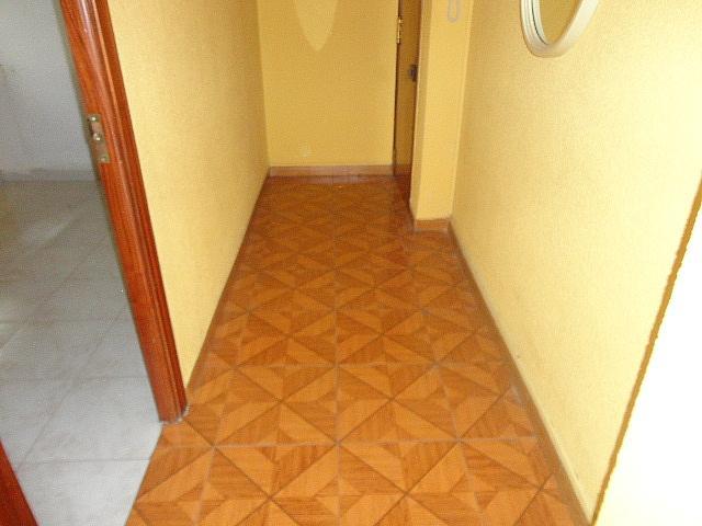 Pasillo - Piso en alquiler en calle Fernán González, Reyes Católicos en Alcalá de Henares - 209945904