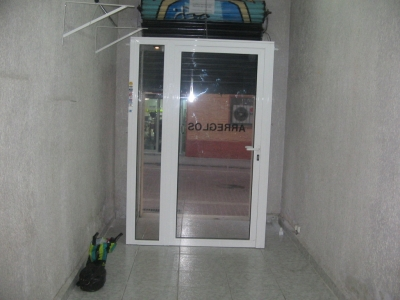 Local comercial en alquiler en calle Luarca, Pubilla cases en Hospitalet de Llobregat, L´ - 11874894