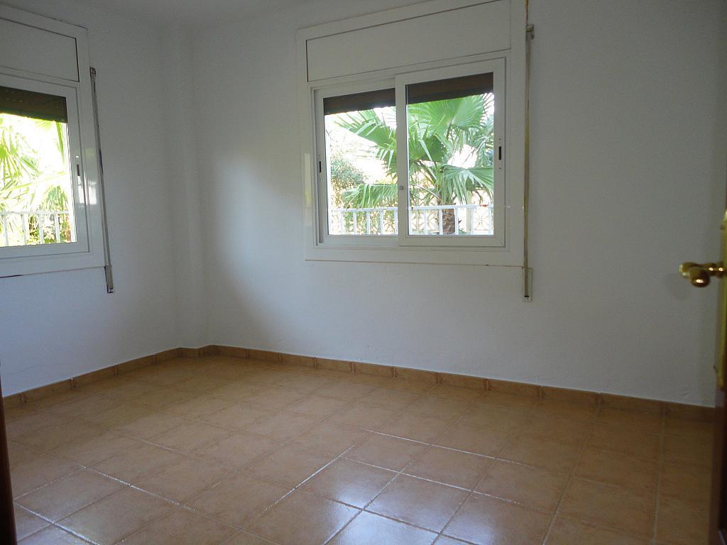 Piso en alquiler en calle Illes Canàries, Pineda de Mar Pueblo en Pineda de Mar - 311816892