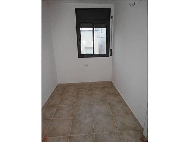 Piso en alquiler en calle Delfi Ortiz, Sant Pere de Riudebitlles - 327075486