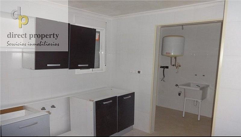 Cocina - Apartamento en venta en calle La Biga, Poniente en Benidorm - 329086279