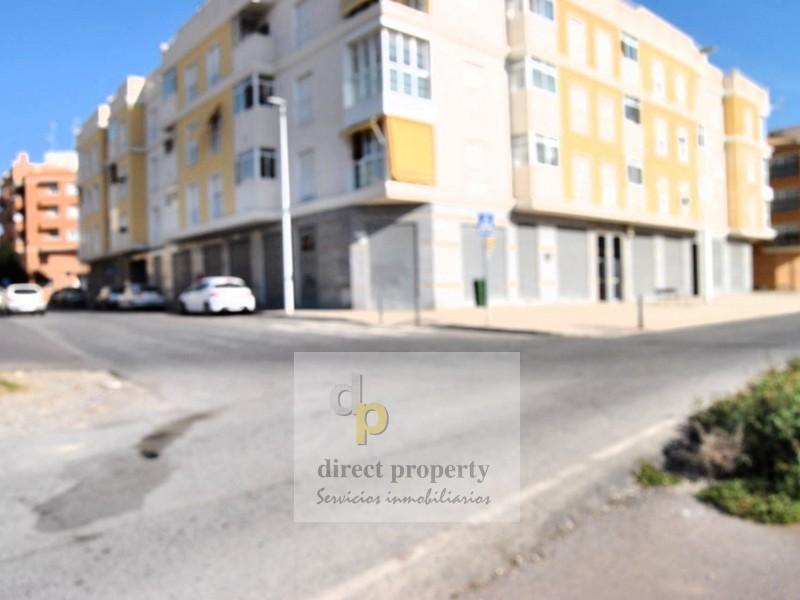 Fachada - Local en alquiler en calle Libertadternario, Torrellano - 122741656