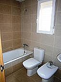 Baño - Casa adosada en alquiler en calle Canteres, Serra - 299268723