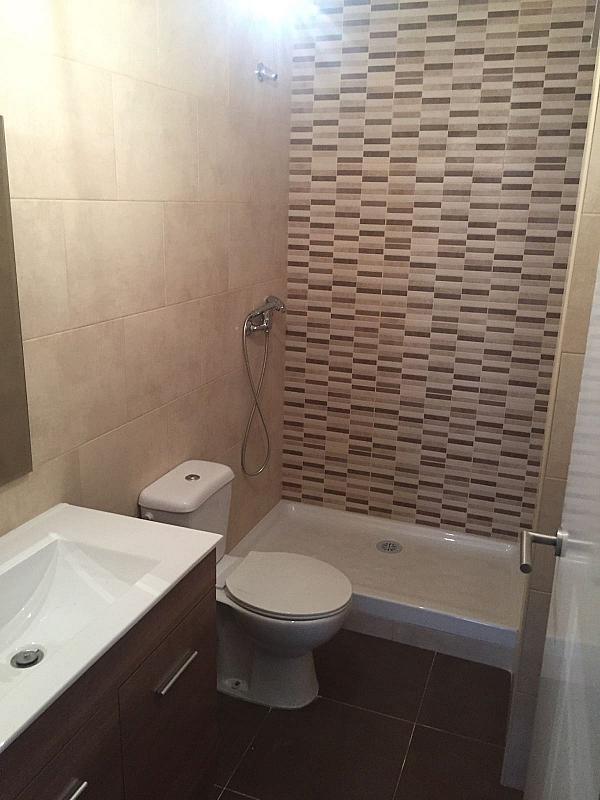 Baño - Piso en alquiler en calle Rambleta, Barrio de la Rambleta en Catarroja - 333468967