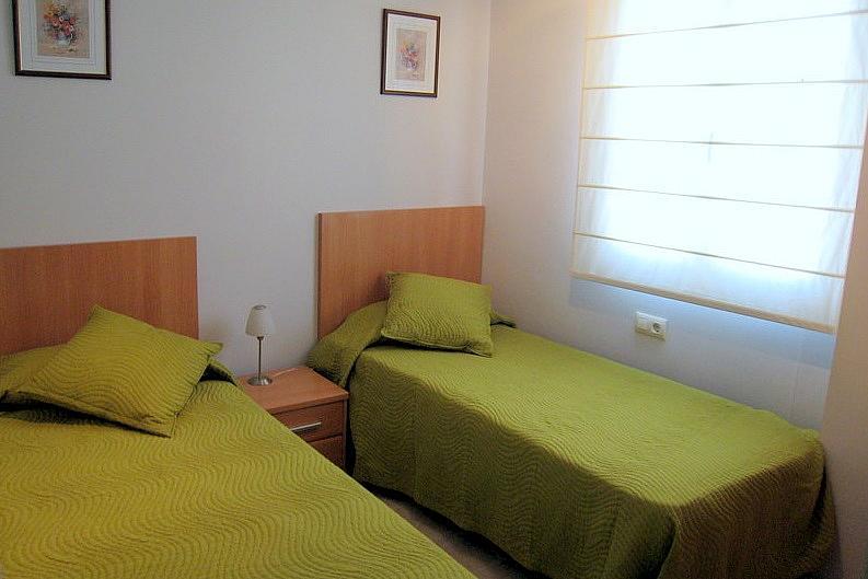 Piso en alquiler de temporada en calle Coruña, Can bou en Castelldefels - 293102000