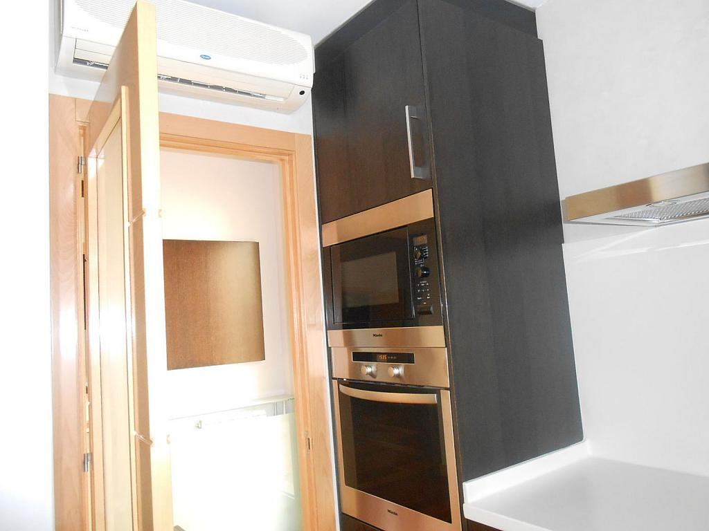 Piso en alquiler en Castellana en Madrid - 353504373