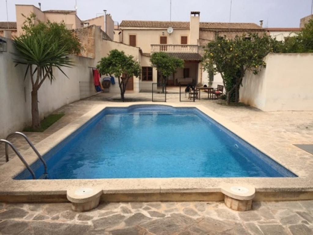Casa en alquiler de temporada en calle Francesc Xavier Ballester, Campos - 282805790