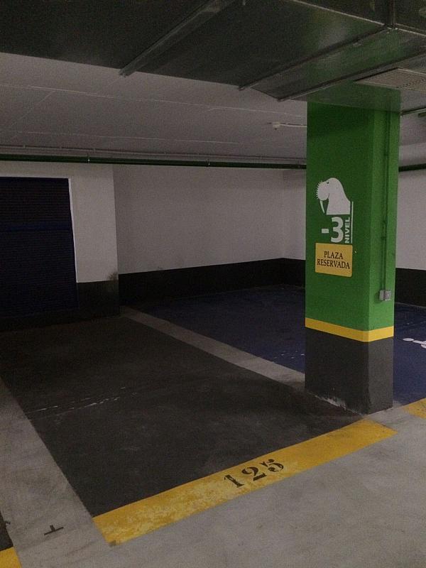 Parking en alquiler en plaza Profesor Tierno Galvan, Trinitat en Valencia - 323905206