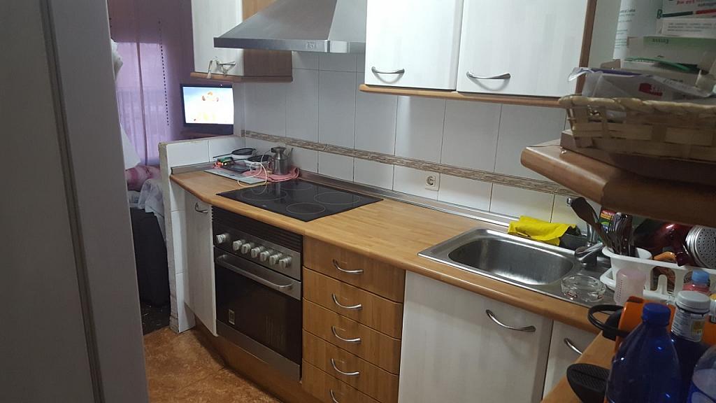 Piso en alquiler en calle Antonio Pons, La Malva-rosa en Valencia - 325863870