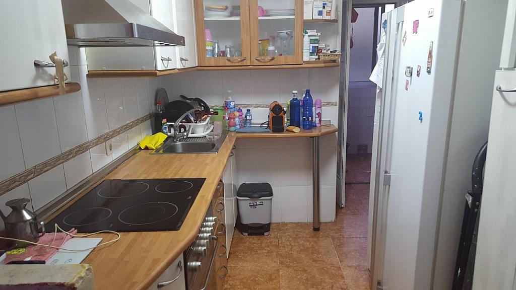 Piso en alquiler en calle Antonio Pons, La Malva-rosa en Valencia - 325863873