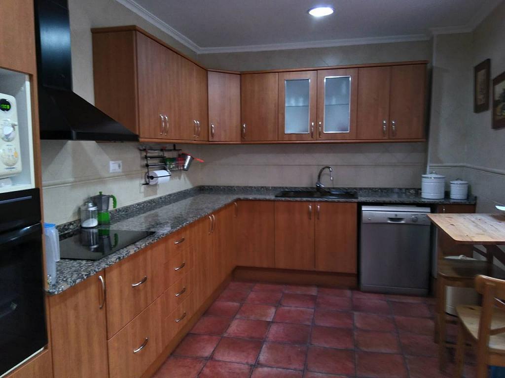 Casa en alquiler en calle Ocho de Marzo, Barrio de las Barrancas en Catarroja - 330138504