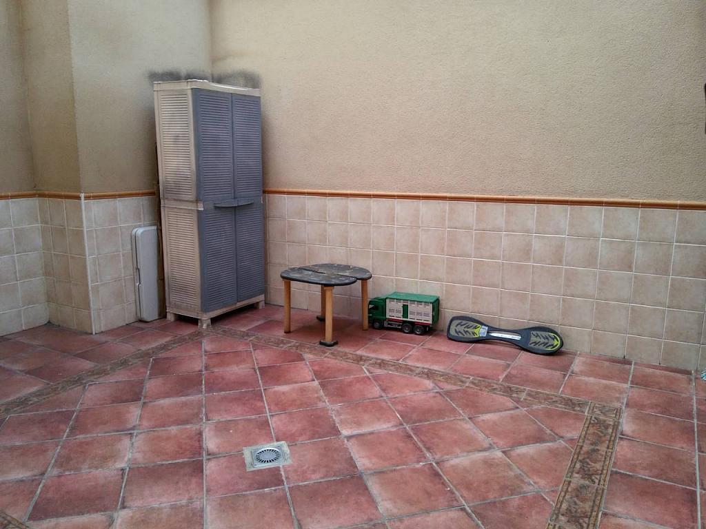 Casa en alquiler en calle Ocho de Marzo, Barrio de las Barrancas en Catarroja - 330138512
