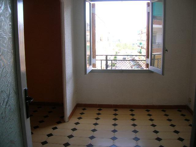 Piso en alquiler en calle Ocho de Marzo, El Barrio Orba-Parque Alcosa en Alfafar - 108633174