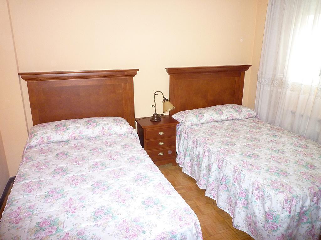Dormitorio - Piso en alquiler en calle Catedratico Martinez Cachero, La Argañosa en Oviedo - 269760090
