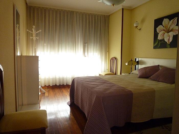 Apartamento en alquiler en calle Melquiades Alvarez, Centro en Oviedo - 297988805