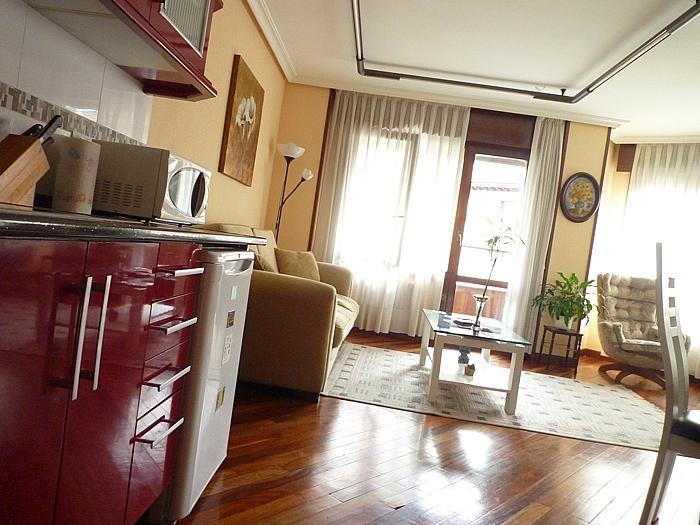 Apartamento en alquiler en calle Melquiades Alvarez, Centro en Oviedo - 297988812