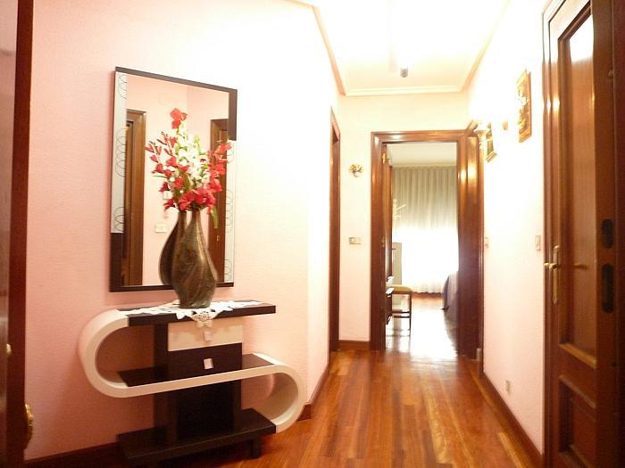 Apartamento en alquiler en calle Melquiades Alvarez, Centro en Oviedo - 297988821