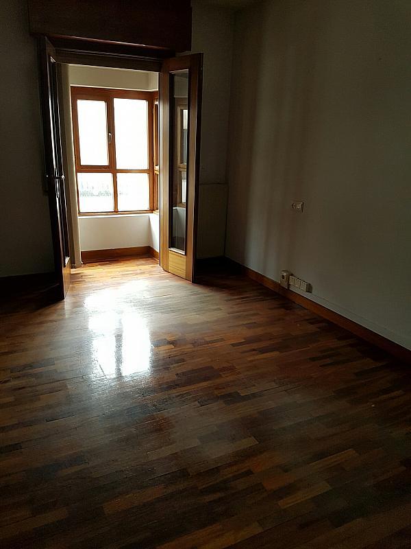 Oficina en alquiler en calle Gonzalez del Valle, Centro en Oviedo - 299245820
