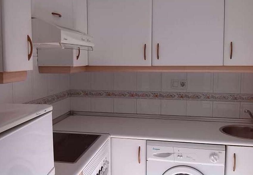 Cocina - Estudio en alquiler en calle Fuente la Plata, La Argañosa en Oviedo - 313877445