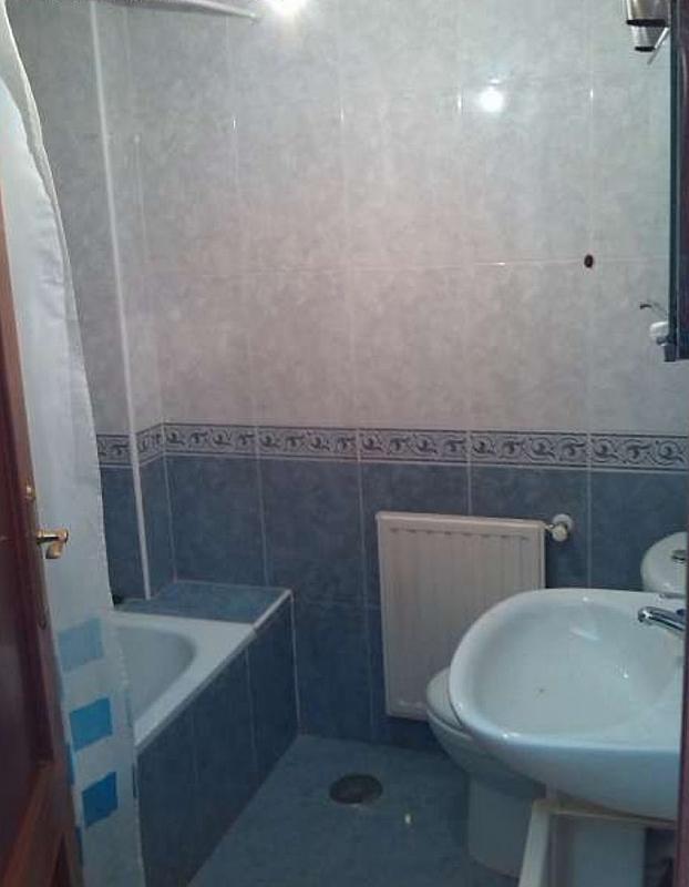 Baño - Estudio en alquiler en calle Fuente la Plata, La Argañosa en Oviedo - 313877446