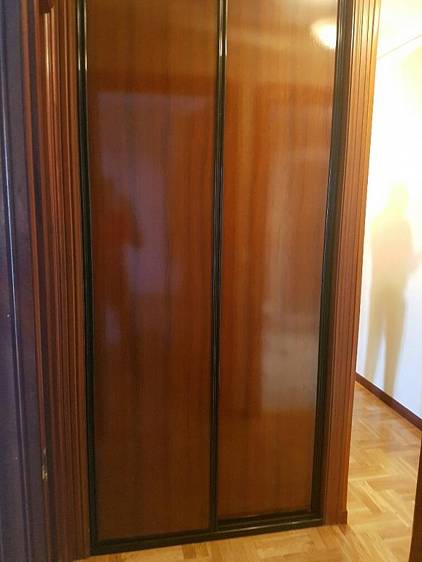 Piso en alquiler en calle Argañosa, La Argañosa en Oviedo - 317596035