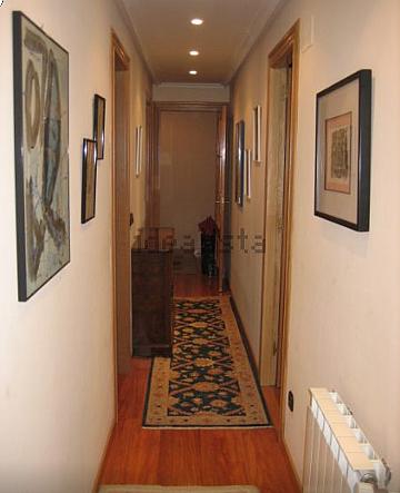 Piso en alquiler en calle Carreño Miranda, La Ería-Masip en Oviedo - 326244566