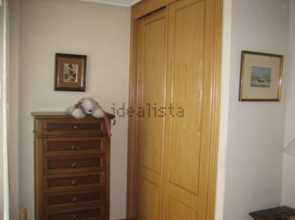 Piso en alquiler en calle Carreño Miranda, La Ería-Masip en Oviedo - 326244577