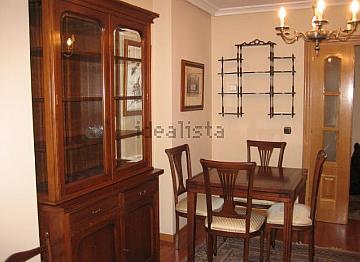 Piso en alquiler en calle Carreño Miranda, La Ería-Masip en Oviedo - 326244615