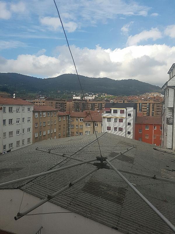 Piso en alquiler en calle Jose Echegaray, La Argañosa en Oviedo - 329108946