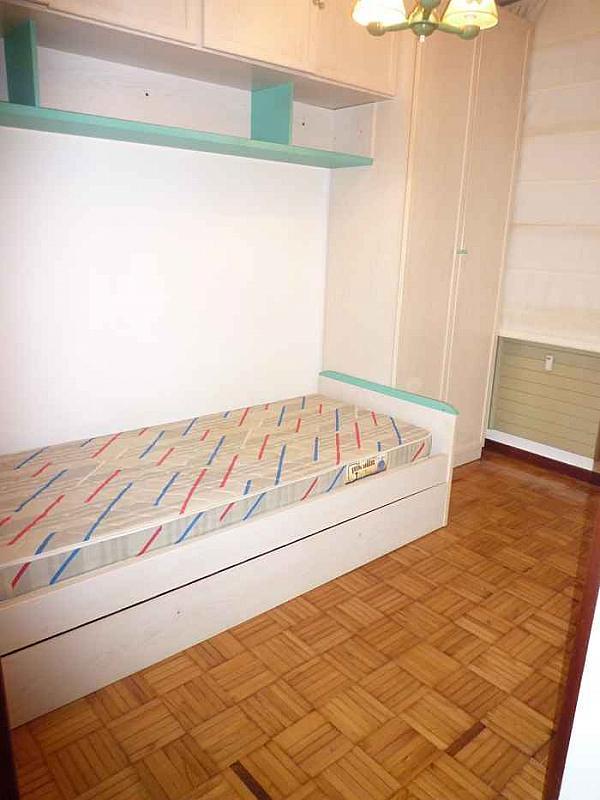 Dormitorio - Piso en alquiler en calle Gregorio Marañon, Vallobin-La Florida-Las Campas en Oviedo - 190698520