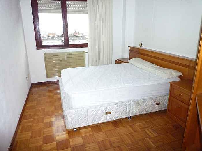 Dormitorio - Piso en alquiler en calle Gregorio Marañon, Vallobin-La Florida-Las Campas en Oviedo - 190698525