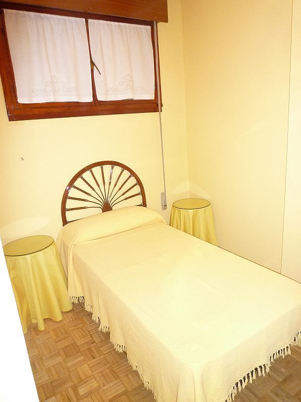 Dormitorio - Piso en alquiler en calle Covadonga, Centro en Oviedo - 243434942