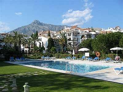 Piso en alquiler en urbanización Señorio de Marbella, Urbanizaciones en Marbella - 266272633