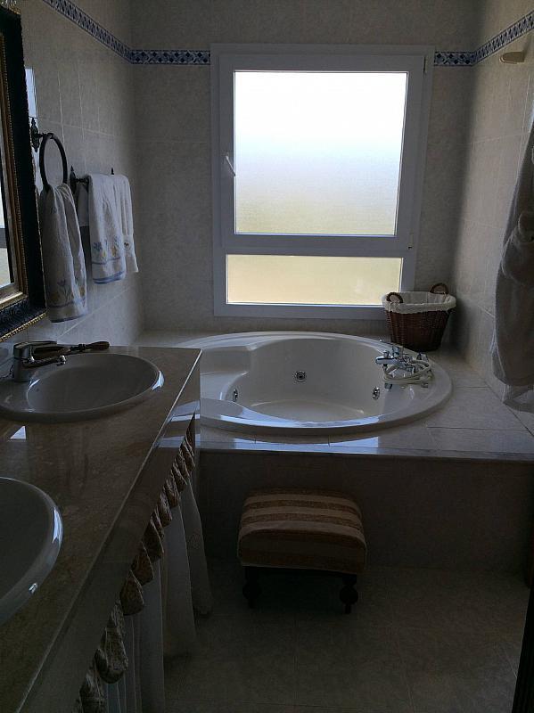 Casa pareada en alquiler en urbanización Bellavista, Divina Pastora en Marbella - 287284056
