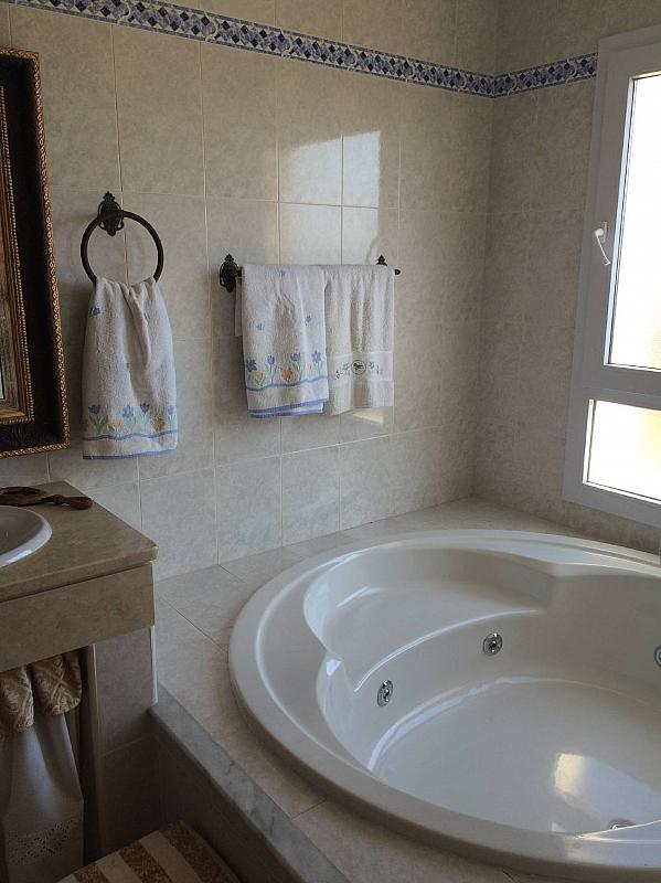 Casa pareada en alquiler en urbanización Bellavista, Divina Pastora en Marbella - 287284063
