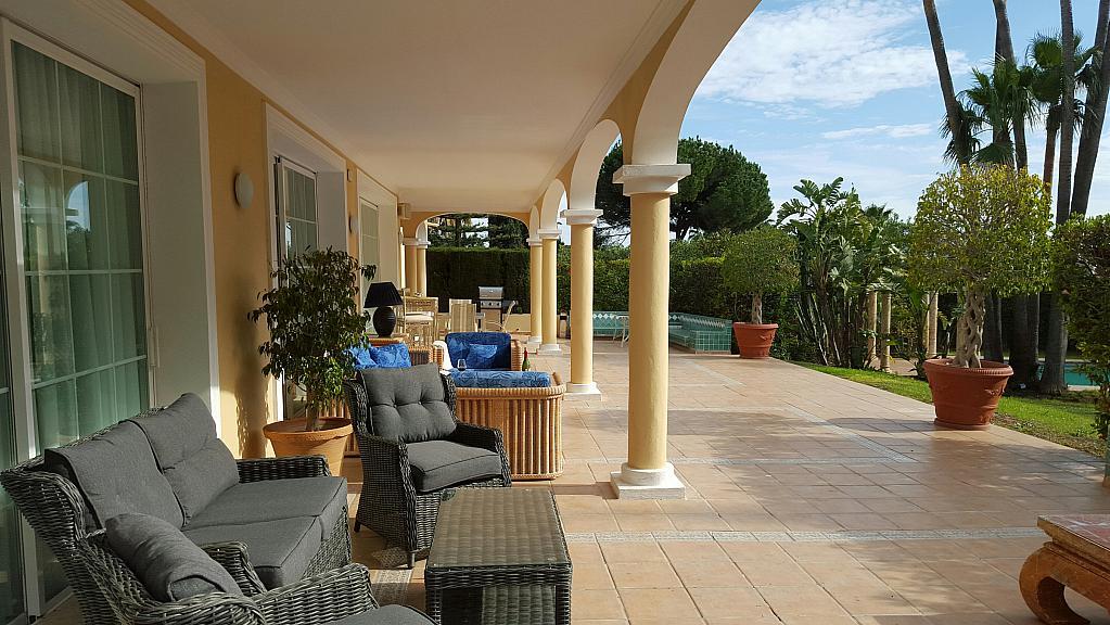 Villa en alquiler de temporada en urbanización Sierra Blanca, Nagüeles Alto en Marbella - 302234106