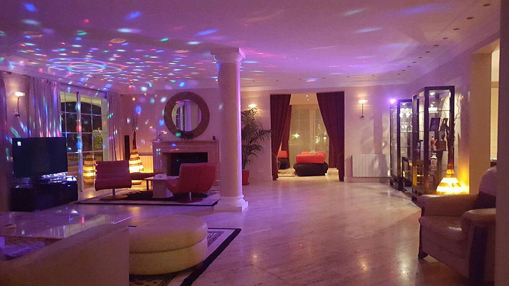 Villa en alquiler de temporada en urbanización Sierra Blanca, Nagüeles Alto en Marbella - 302234189