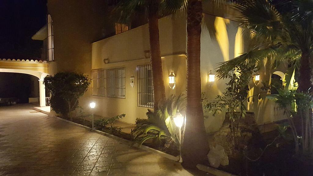 Villa en alquiler de temporada en urbanización Sierra Blanca, Nagüeles Alto en Marbella - 302234201