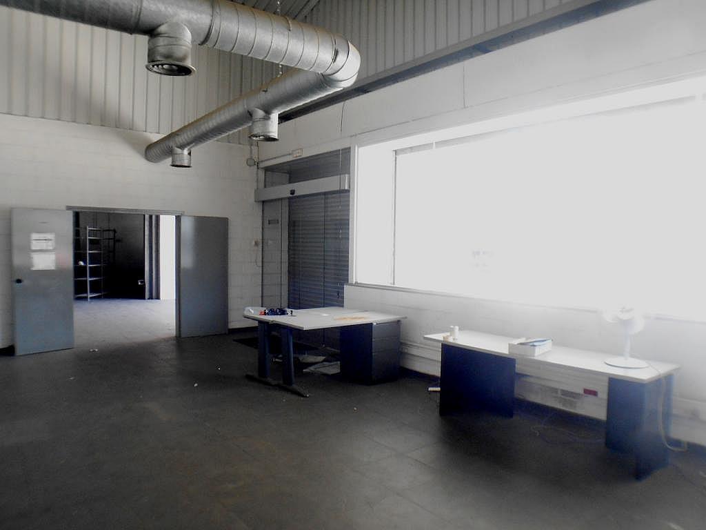 Imagen del inmueble - Nave industrial en alquiler en calle De Montilla, Sant Joan Despí - 328222436